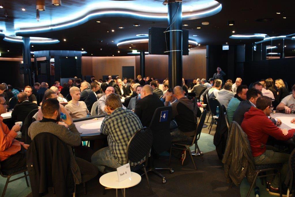 Pokern bei der Hohensyburger Meisterschaft in Dortmund